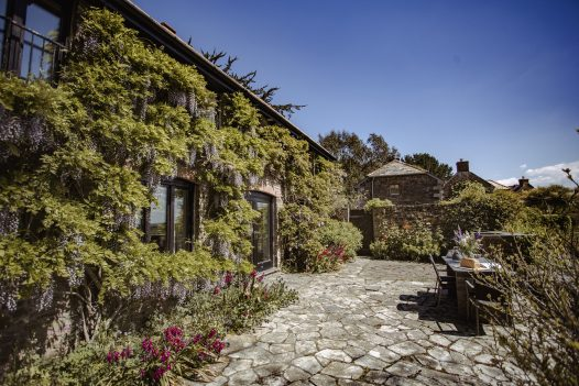 The Farmhouse, a self-catering holiday home in Rock, North