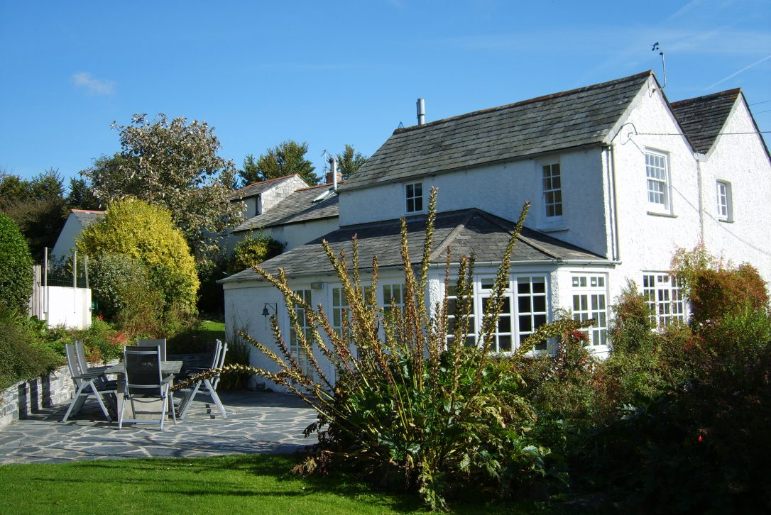 Treglyddins, a self-catering holiday in Rock, North Cornwall