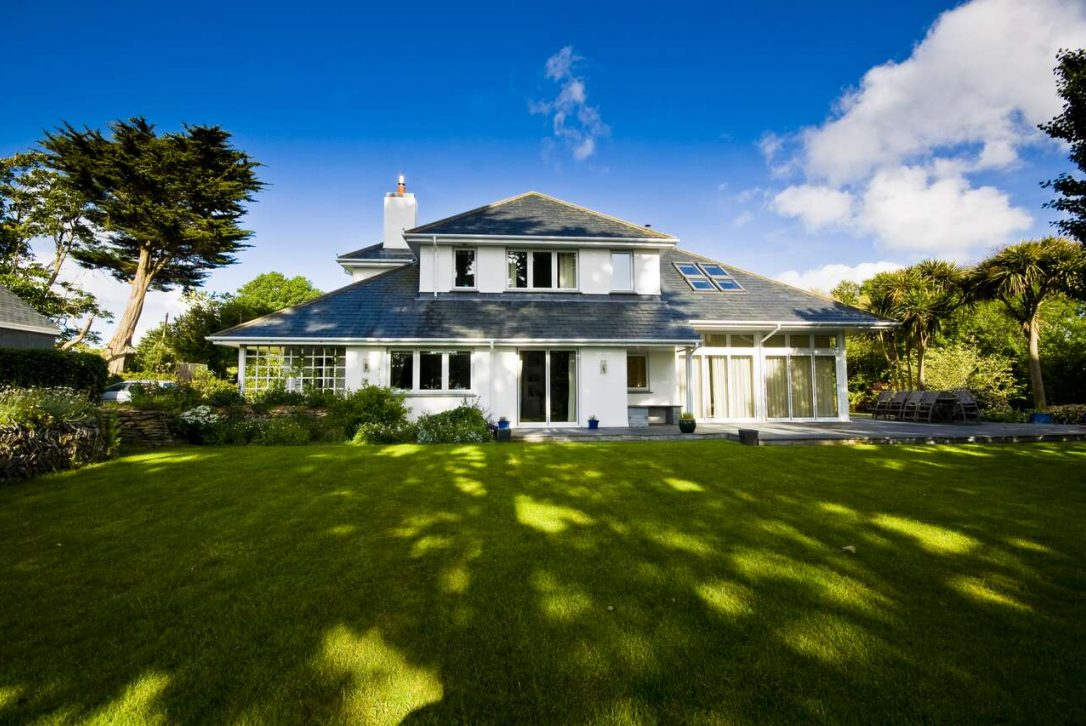 Buzza Vean, a self-catering holiday home in Rock, North Cornwall
