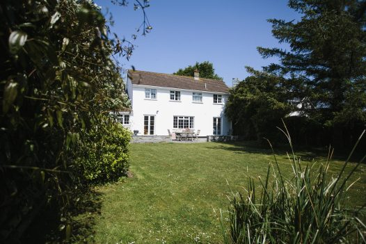 The Crispin, a self-catering holiday home in Rock, North Cornwall