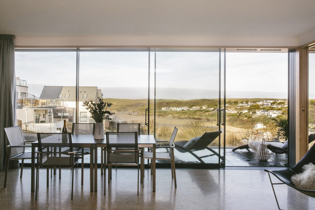 Dining room at Dry Creek House, a self-catering holiday home in Polzeath, North Cornwall