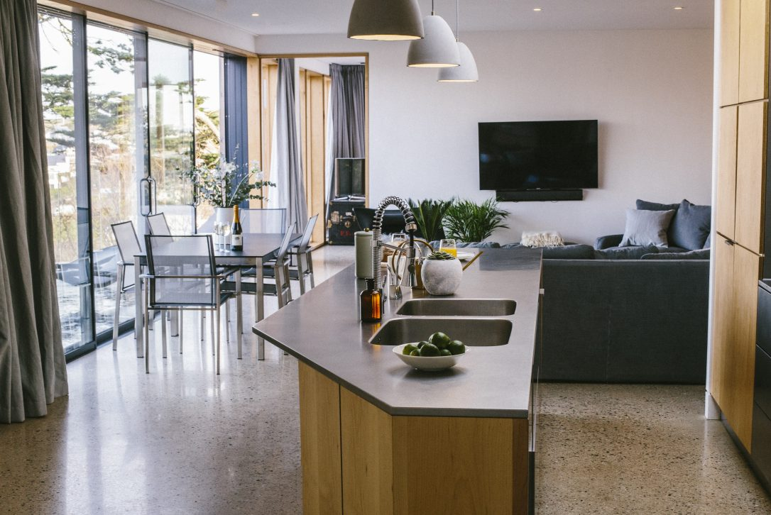 Living space in Dry Creek House, a self-catering holiday home in Polzeath, North Cornwall
