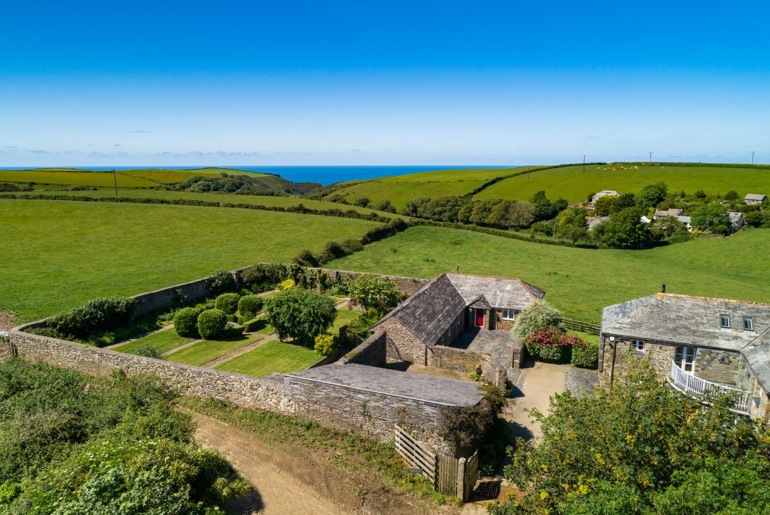 The Linhaye near Port Isaac - the perfect self-catering escape for Valentine's Day