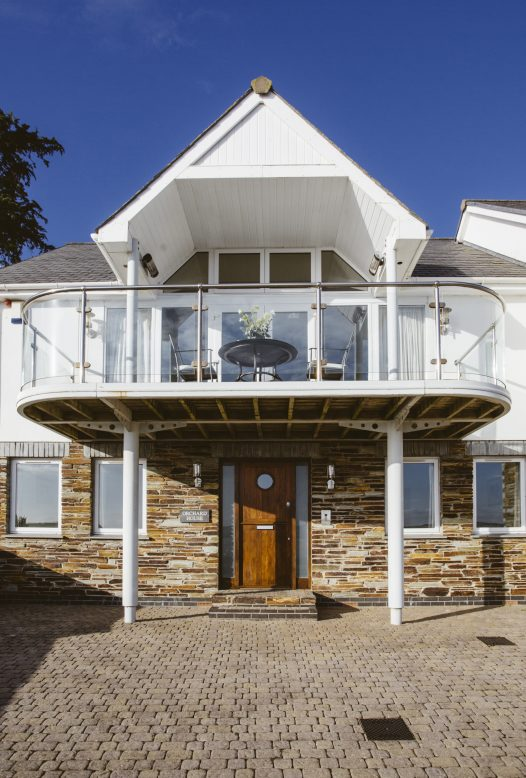 Orchard House in Rock sleeps 10 across 5 bedrooms but out of season you can take advantage of the low occupancy rates