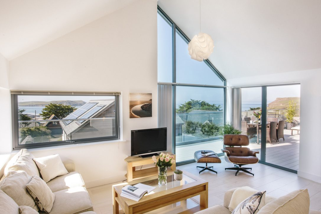 The Penthouse, a self-catering holiday apartment in New Polzeath, North Cornwall