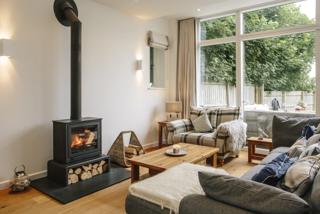 1 The Sands, a self-catering holiday home in Rock, North Cornwall