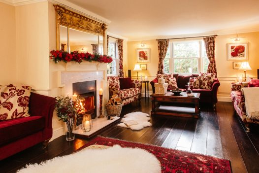 Lounge at Rockhaven Manor, a self-catering holiday home in Rock, North Cornwall