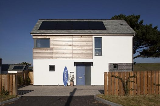Endymion is a contemporary beach house in Polzeath, North Cornwall