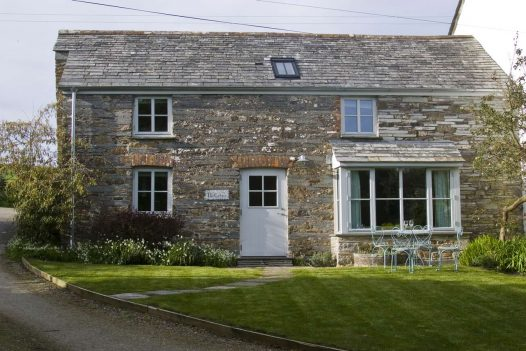 Penquite Cottage is a self-catering holiday home near Port Isaac