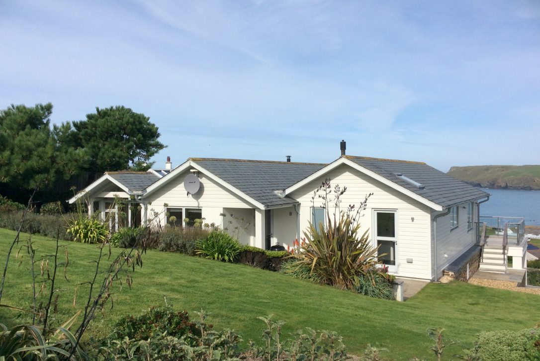 The Edge, a self-catering holiday home in Polzeath, North Cornwall