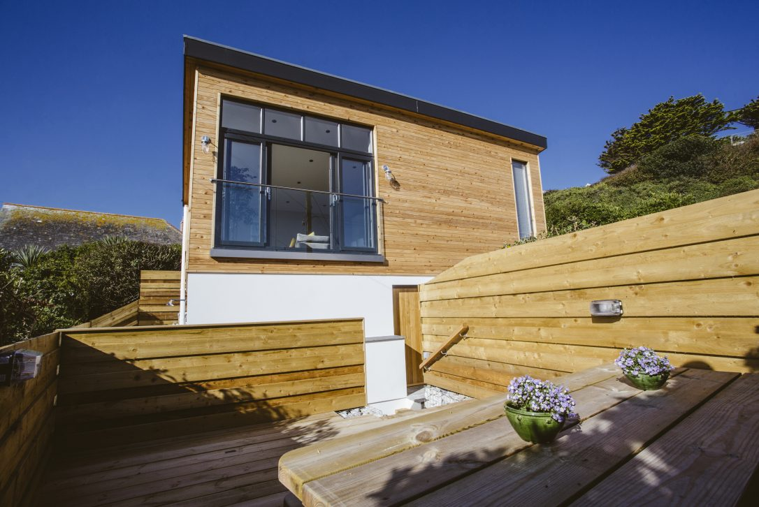 Outddor seating area at Seabreeze, a self-catering holiday home in Polzeath, North Cornwall