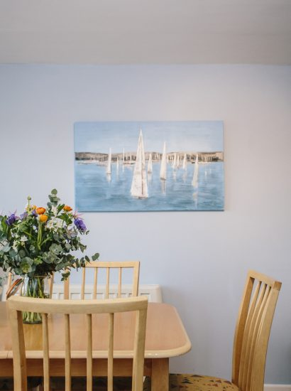 Dining table at 2 Slipway, a self-catering holiday house in Rock, North Cornwall