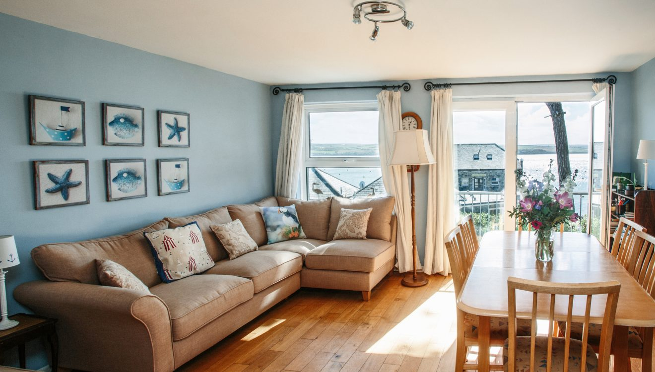 The dining and lounge at 2 Slipway, a self-catering holiday cottage in Rock, North Cornwall