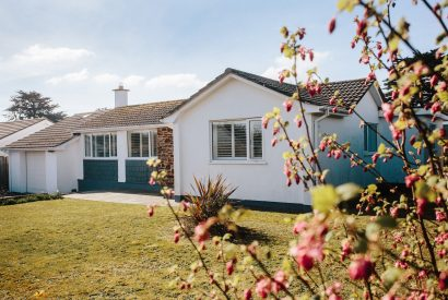 Exterior of 25 The Beaches, a self-catering holiday home in Rock, North Cornwall