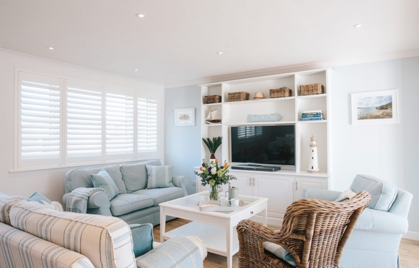 Sitting room at 25 The Beaches, a self-catering holiday house in Rock, North Cornwall