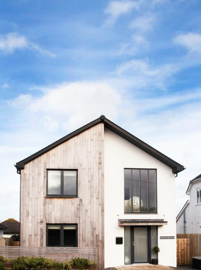 Brickwood, a self-catering holiday home in Rock, North Cornwall