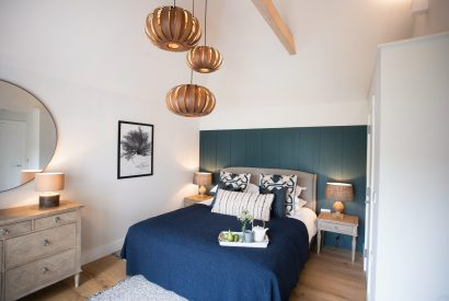 Clermont, a self-catering holiday home with hot tub in Rock, North Cornwall