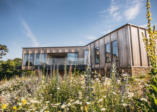 Exterior of Dry Creek House, a self-catering eco house in Polzeath, North Cornwall
