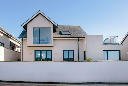 Gwel an Mor, a self-catering holiday home in Polzeath, North Cornwall