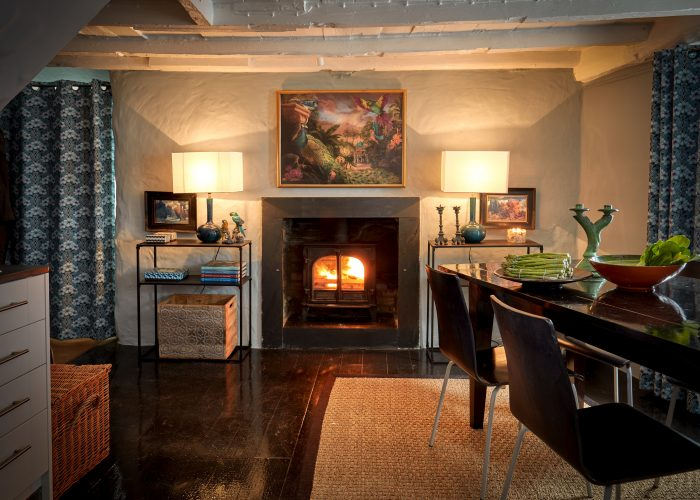 Dining room in Henry's, a self-catering holiday home in Port Isaac, North Cornwall