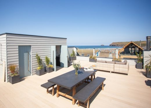 Hideaway, a self-catering holiday apartment with roof garden in Polzeath, North Cornwall