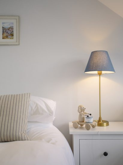 A twin bedroom, perfect for children at Hillcote, a self-catering holiday home in New Polzeath, North Cornwall