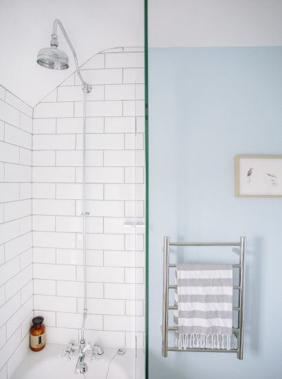 Shower at Ivy Cottage, a self-catering holiday cottage above Polzeath beach in North Cornwall
