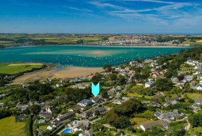 Aerial view of Little Riggs, a self-catering holiday home in Rock, North Cornwall