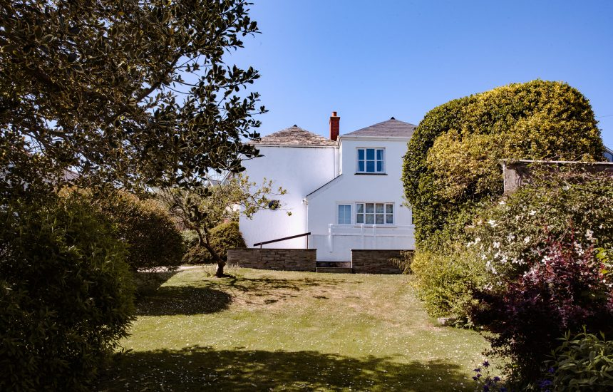 Lower Farm, a self-catering holiday home in Daymer Bay, North Cornwall