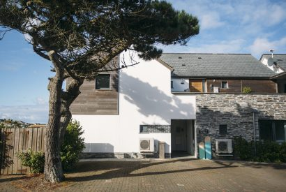 No 6 Tregales, a self-catering holiday apartment in New Polzeath, North Cornwall