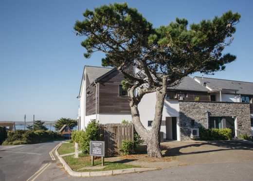 No 6 Tregales is a self-catering holiday apartment in New Polzeath, North Cornwall