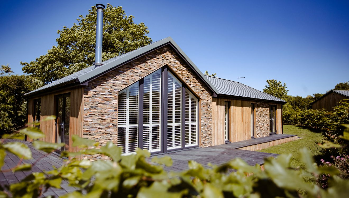 Exterior of Skovva, a self-catering holiday home in Rock, North Cornwall