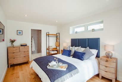 Master bedroom at Skovva, a self-catering holiday home in Rock, North Cornwall