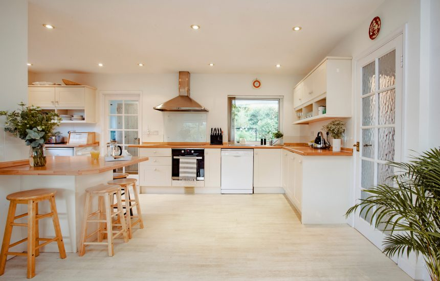 Kitchen at Skylarks, a self-catering holiday home above Daymer Bay, North Cornwall