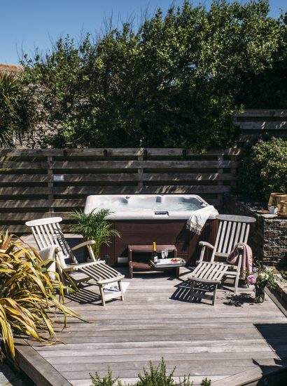 Hot tub at The Retreat, a self-catering holiday cottage in Polzeath, North Cornwall