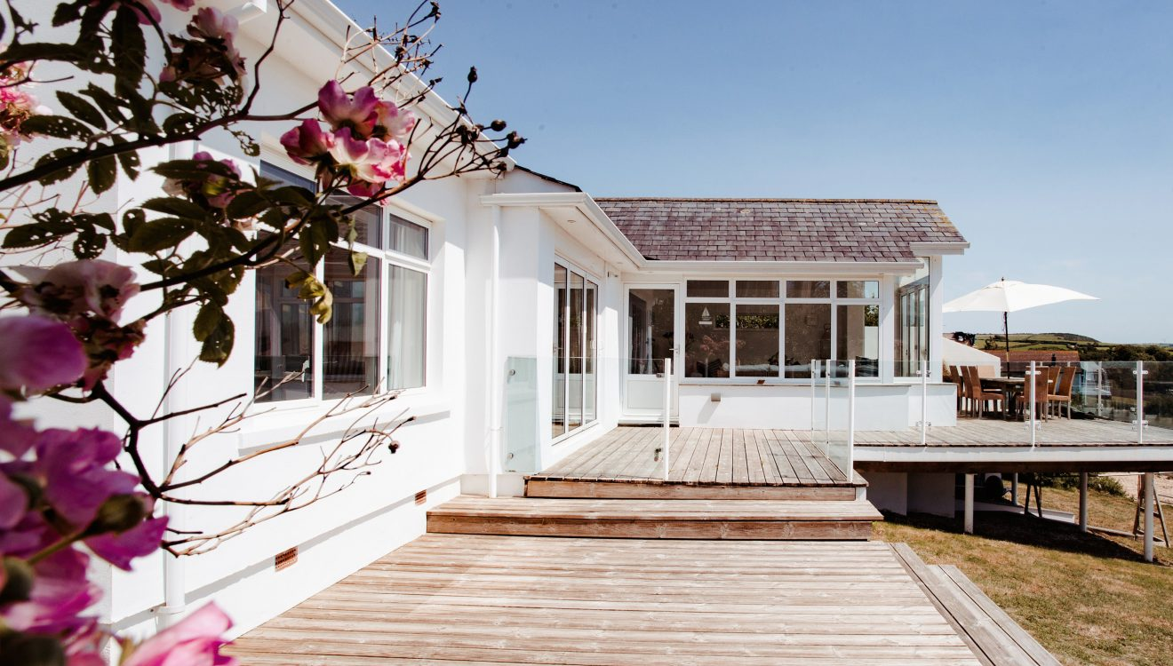 Trethwaite, a self-catering holiday home above Porthilly Beach, Rock, North Cornwall