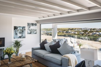 Lounge at Weaver's View, a self-catering holiday home in Polzeath, North Cornwall