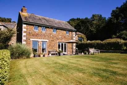 Exterior of Kate Cottage, a self-catering holiday home near Rock, North Cornwal