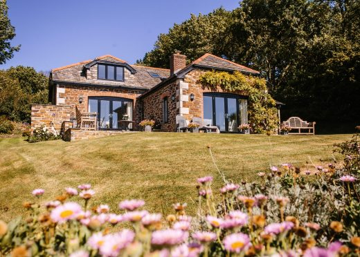 The Orchard, a self-catering holiday home in Rock, North Cornwall
