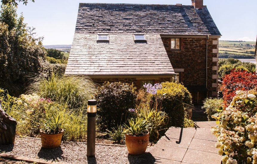Exterior of Kate Cottage, a self-catering holiday cottage near Rock, North Cornwall