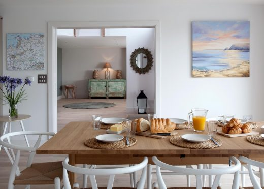 Dining area at Compit, a self-catering holiday home in New Polzeath, North Cornwall