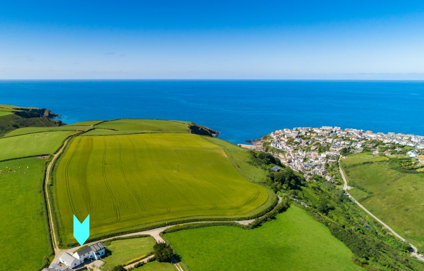 Aerial view of Cribba, a self-catering holiday home near Port Isaac, North Cornwall
