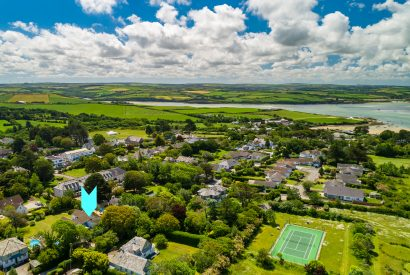 Aerial view of Half Way Tree, a self-catering holiday home in Rock, North Cornwall