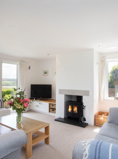 Living room at Kate Cottage, a self-catering holiday home near Rock, North Cornwall