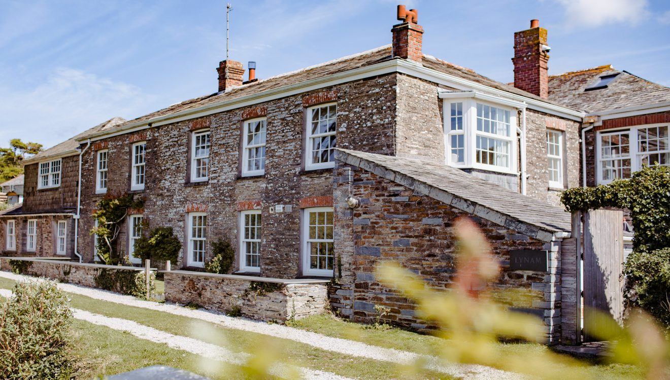 Lynam, a self-catering holiday home in Rock, North Cornwall