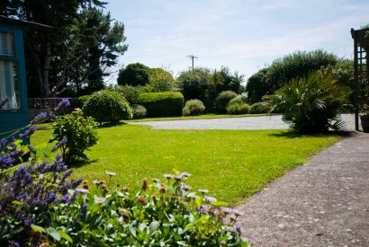 Garden at Maidenover, a self-catering holiday cottage in Rock, North Cornwall