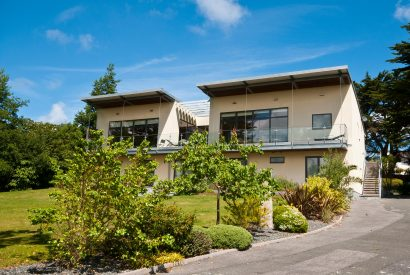 Radoon, a self-catering holiday property in Rock, North Cornwall