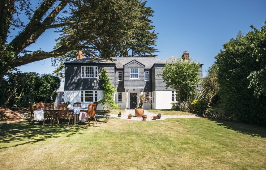 Garden at Rockhaven, a self-catering holiday home in Rock, North Cornwall