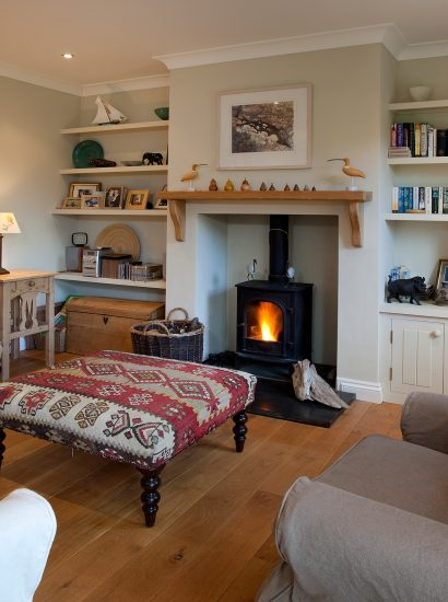 Lounge at Tamarisk Lodge, a self-catering holiday house in Daymer Bay, North Cornwall