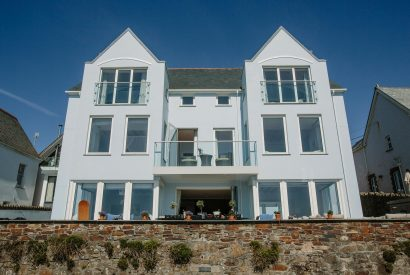 With an unrivalled beachfront location, Tristram commands breathtaking views over Polzeath beach and across the Atlantic Ocean